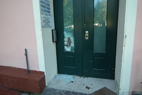 Municipio Gussago vetro rotto