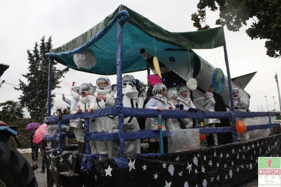 """Fotogallery festa di Carnevale """"Carnesale 2015: Lost in space"""""""