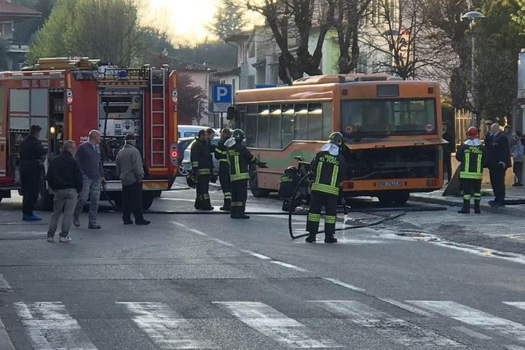 Incendio autobus marzo 2017