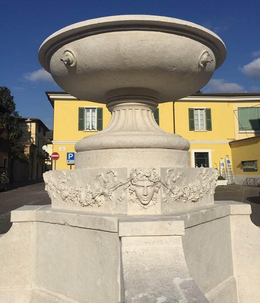 Fontana piazza San Lorenzo gennaio 2018