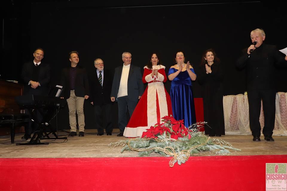 Fotogallery concerto sotto albero Liricarte dicembre 2018