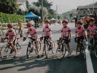 Quattro ciclisti juniores
