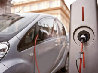 Colonnina ricarica auto elettrica
